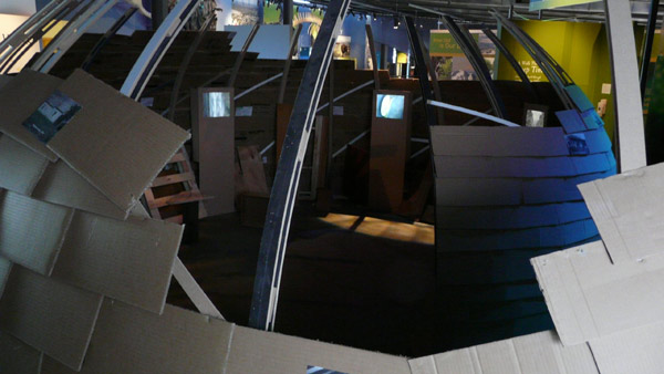 5 screen video installation built by Sen McGlinn and Sonja van Kerkhoff for an exhibition in Puke Ariki, the Taranaki museum of natural history and ethnology